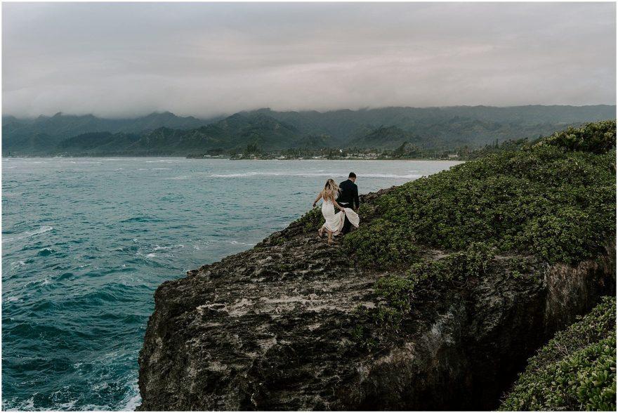 Oahu cliffside elopement at sunrise