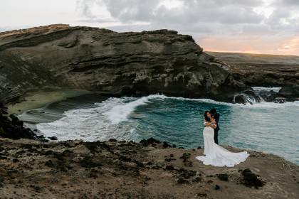 Hawaii Hiking Elopement to Green Sands Beach on Big Island
